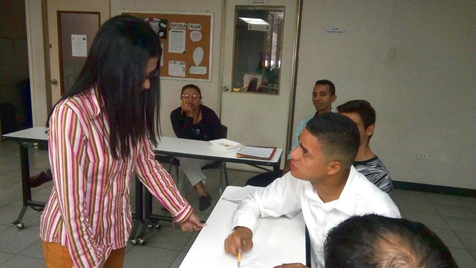 compañía-anonima-taller-empredimiento-estructura-juridica-asesoria-online-legal-media-valencia-venezuela