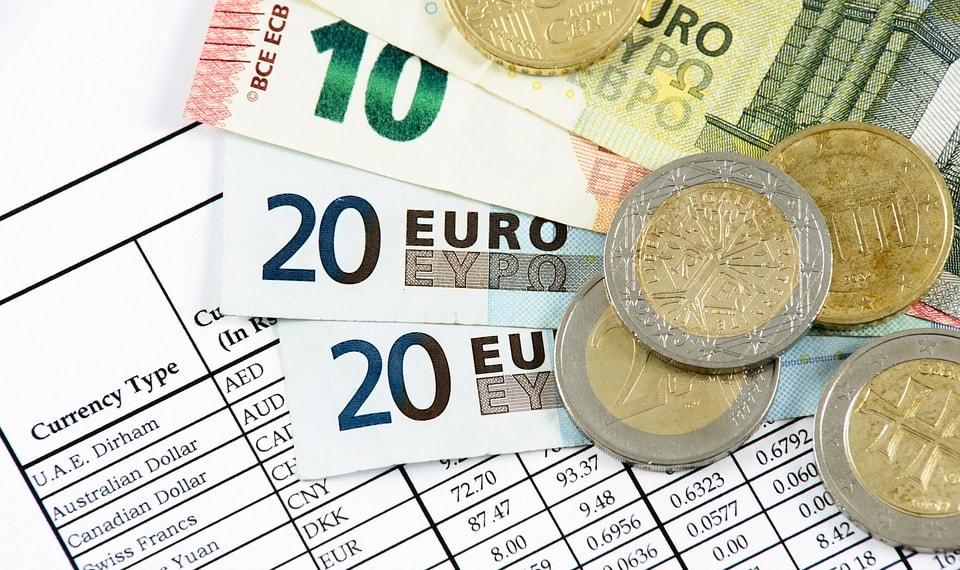 leyes-impuestos-digitales-criptomonedas-criptodivisas-divisas-emprendedores-emprendimiento-asesoria-online-legal-media-venezuela