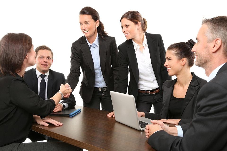 empresas-empresarios-emprender-emprendimiento-asesoria-online-legal-media-venezuela-latino-america